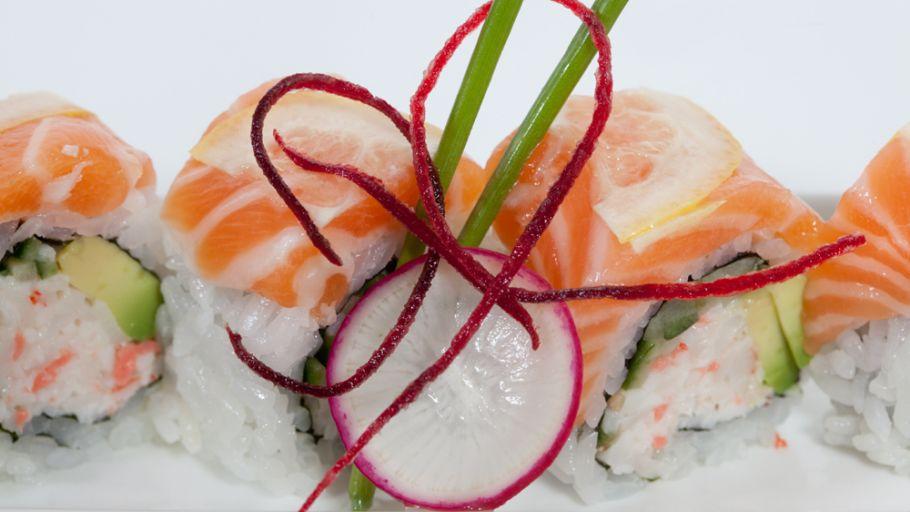 Tona Sushi Bar and Grill